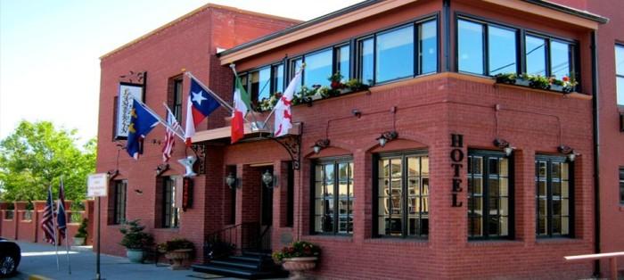 7. Chamberlin Inn