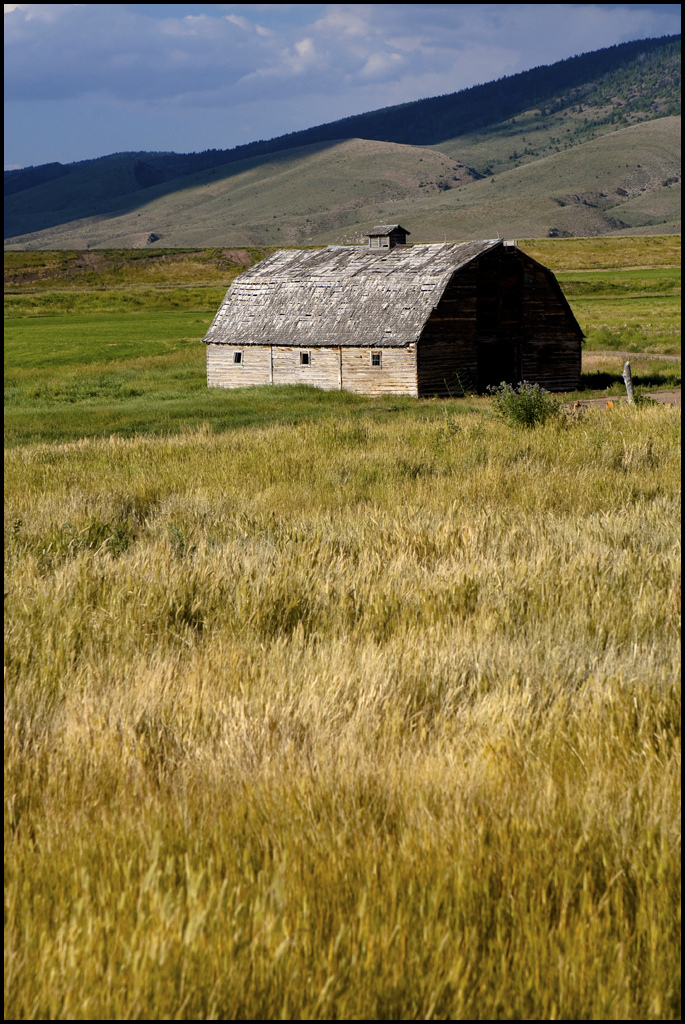 10. Barn near Cokeville