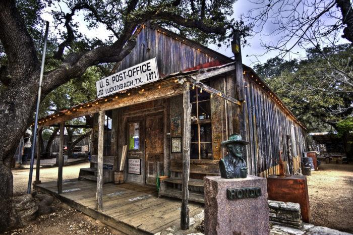 Texas: Luckenbach
