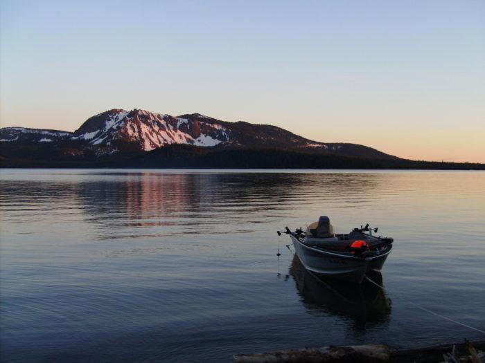 1. Paulina Lake