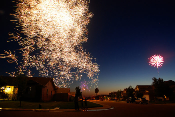 5. These fireworks are perfectly frozen in time during a 4th of July celebration.