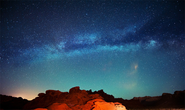 15. End each day with a wonderful night of stargazing.
