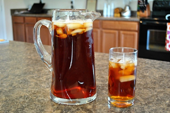 """2. """"Some of us would much rather have a glass of unsweetened tea vs sweet tea."""""""