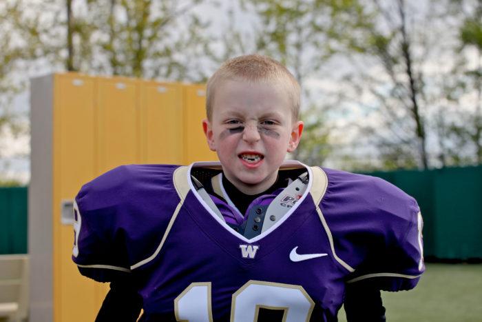 6 Year Old Husky Football Player-5686070495