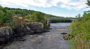 15 Charming River Towns In Minnesota To Visit This Spring