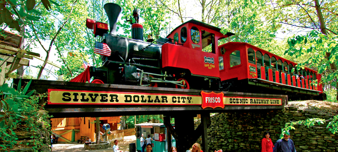6.Frisco Silver Dollar Line Steam Train, Silver Dollar City, Branson