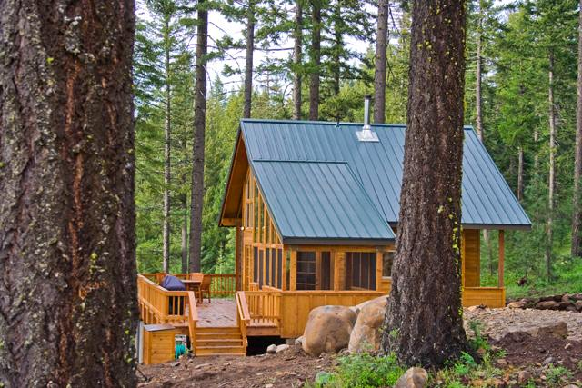 2. Stay at the Green Springs Inn and Mountain Cabins.