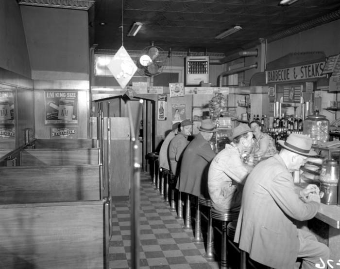 8. Hull Street Diner scene in Richmond (1955)