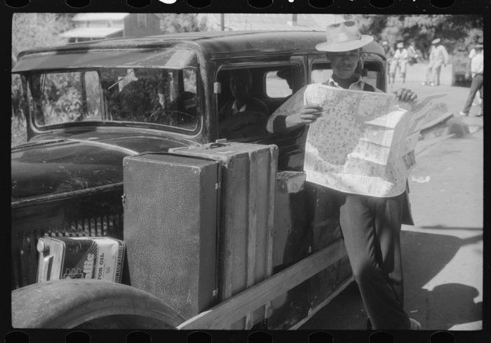 2. Speaking of road maps...look at those vintage suitcases.