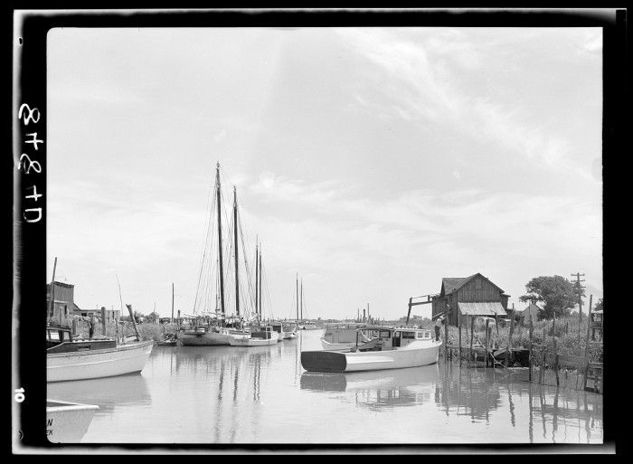 7. Small fishing communities, like Little Creek, took advantage of the bounty of the inland waterways and Delaware Bay for fresh fish and shellfish for their families and to sell at roadside stands and markets in town.