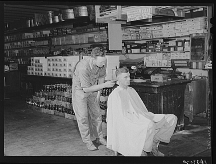 3. W.M Scott's General Store giving out free haircuts on Saturday morning, Farrington, 1946.