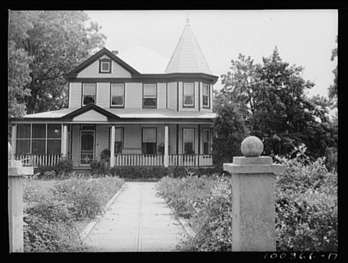 8. This house in Mechanicsville was inhabited by an express agent and the town's dressmaker.
