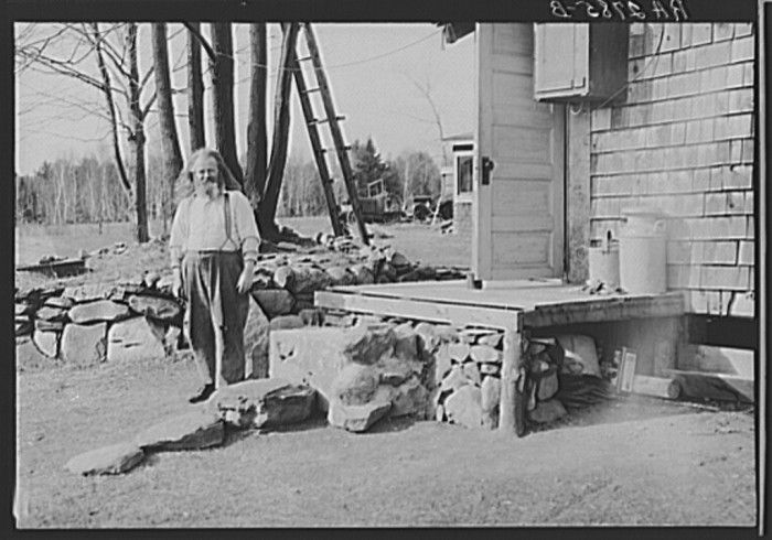 2. An original hermit of Maine outside his home in Freeport, 1936.