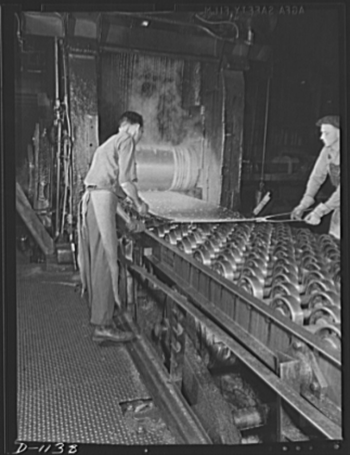 16. Workers at the Reynolds Metal Company in 1941.
