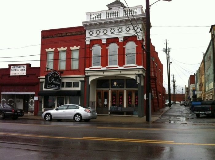 7. The Peerless Saloon and Grille - Anniston, AL