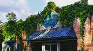 You Haven't Lived Until You Try These 15 Mouthwatering Restaurants In Alabama