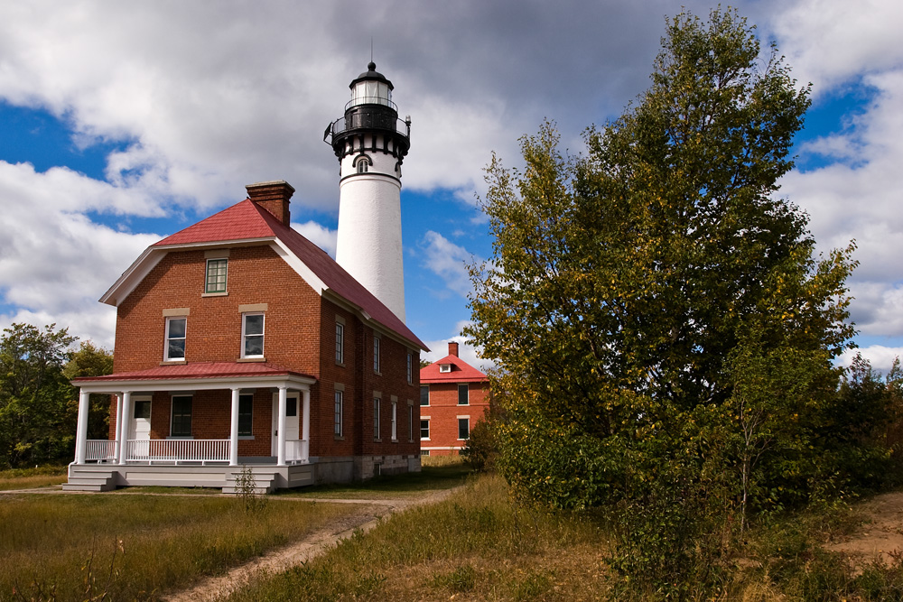 8 Places To Stay Overnight In Michigan On A Budget