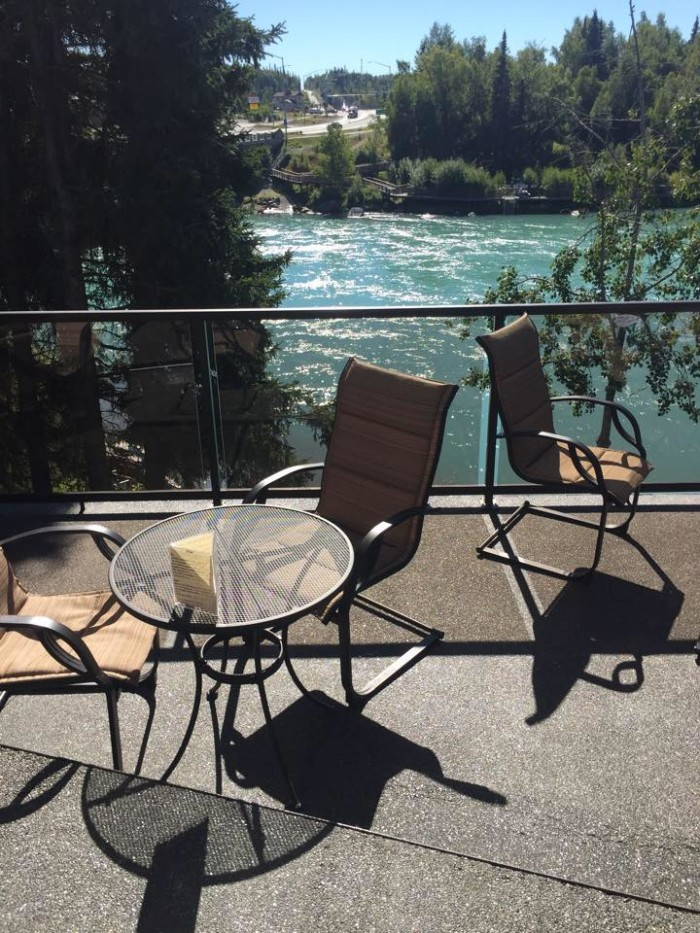 10. Bridge Lounge at Kenai River Lodge – Soldotna