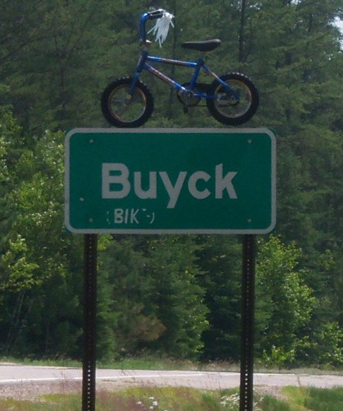 1. Buyck