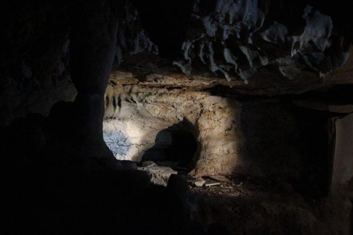 8. Carter Caves