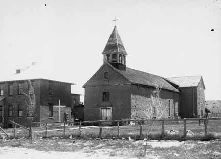 7. A church in Pena Blanca (located in Sandoval County) in 1915.
