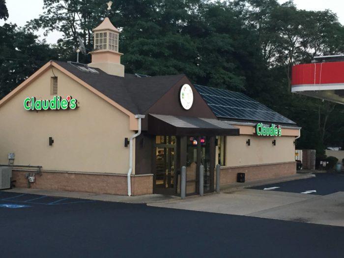 2. Claudie's Chicken, Middletown