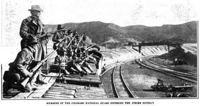 Colorado_nat_guard_arrive_ludlow_strike