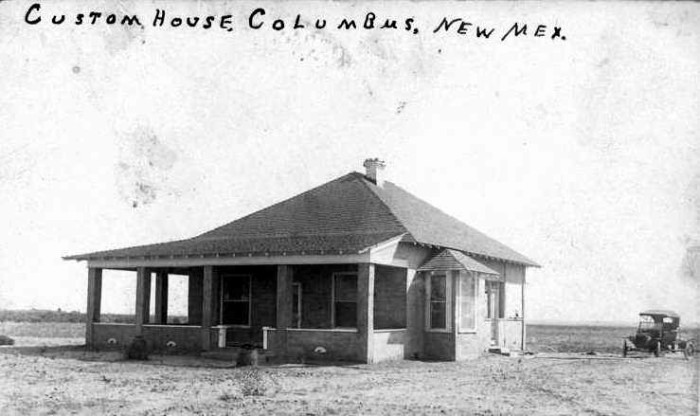 10. In 1902, this customs building was constructed in Columbus, serving as the only crossing point between New Mexico and Mexico. This photo is from 1915.