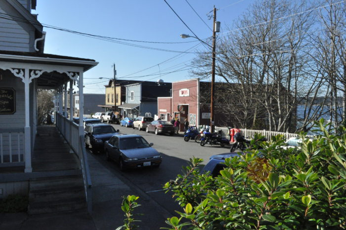 Coupeville,_WA_-_Front_Street_businesses_03