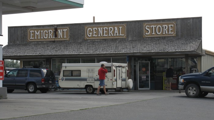 4. Emigrant General Store, Pay
