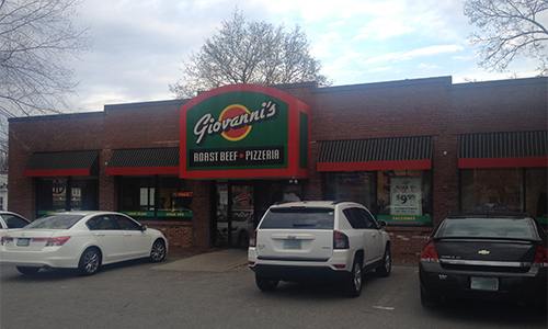 8. Giovanni's Roast Beef & Pizza