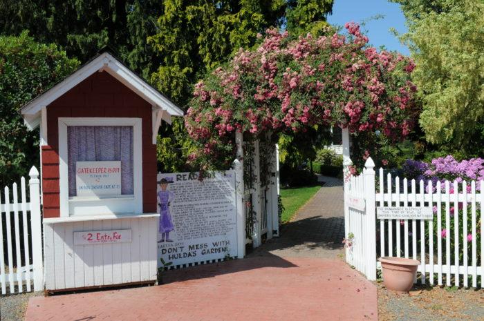 10. Hulda Klager Lilac Garden, Woodland