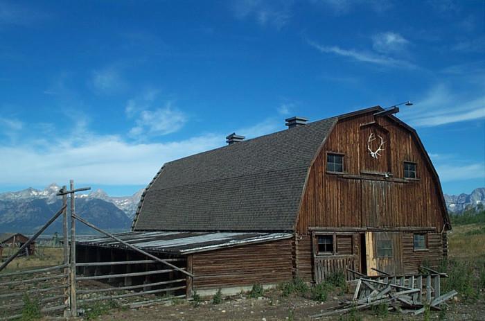 7. Hunter Hereford Barn