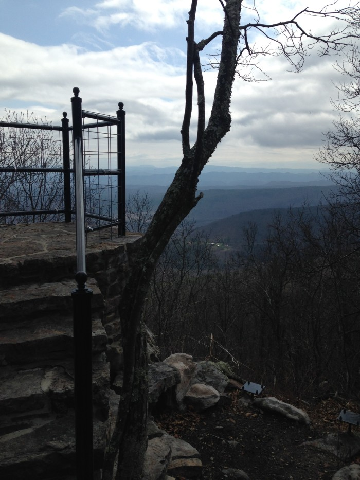 3. Dan Ingalls Overlook Trail (2.4 miles)