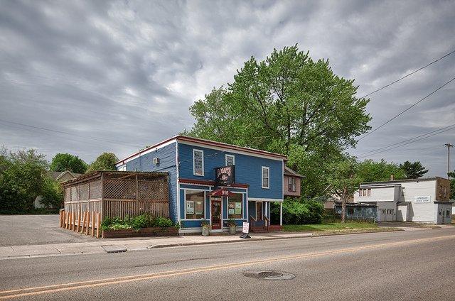 7. Logan's Alley, Grand Rapids