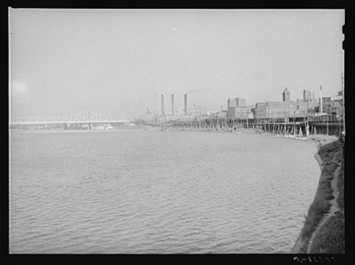 8. Louisville waterfront.