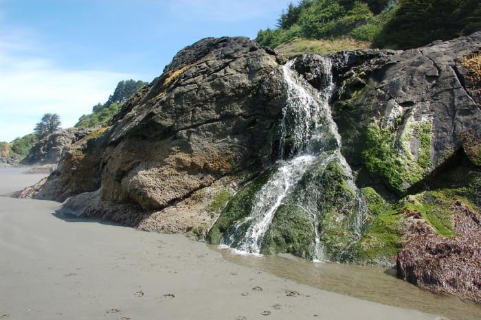 Beautiful Northern California Drop Top: 14 Of Northern California's Most Beautiful Beaches