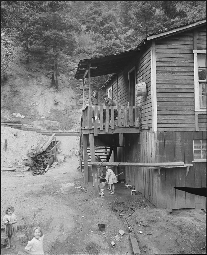 13. A miner and his family in Tazewell (1950)