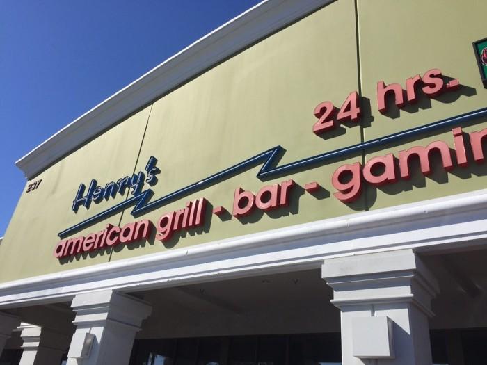 10. Henry's American Grill - Henderson, NV