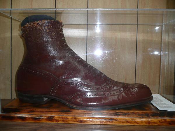 5. Al's Bootery, Billings