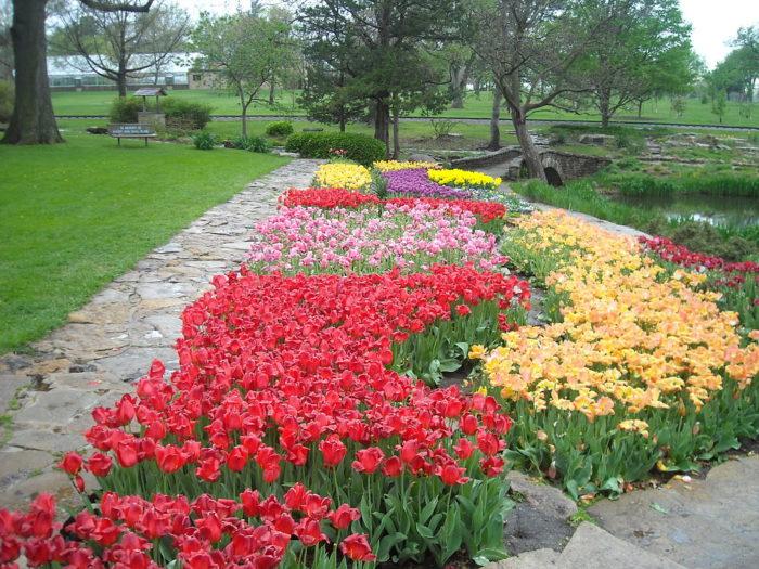 Secret Garden: 12 Amazing Hidden Gardens To Visit In Kansas This Spring