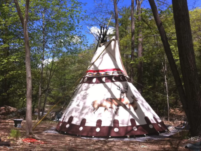 12. Sioux Tipi, Woodstock