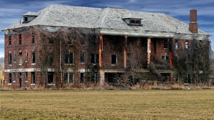 5. Abandoned building in Point Pleasant