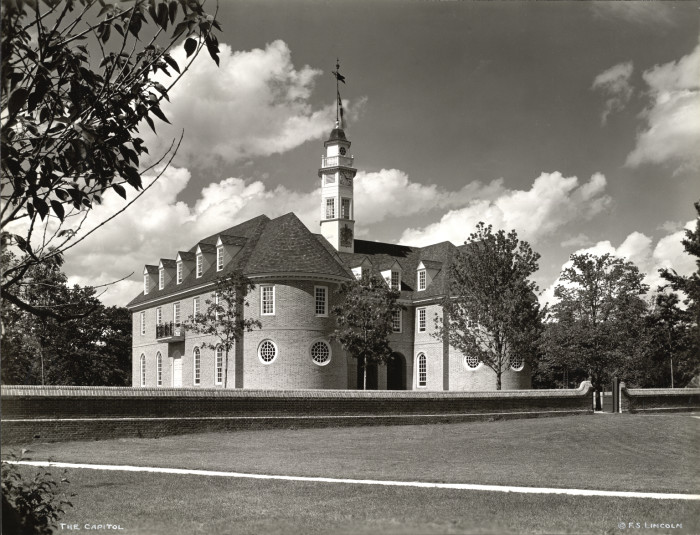 4. The Colonial Williamsburg museum opened in 1932