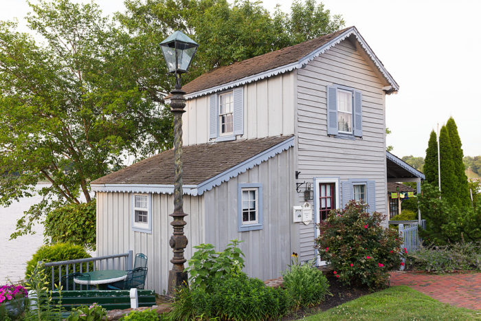 4. Old Wharf Cottage - Chesapeake City