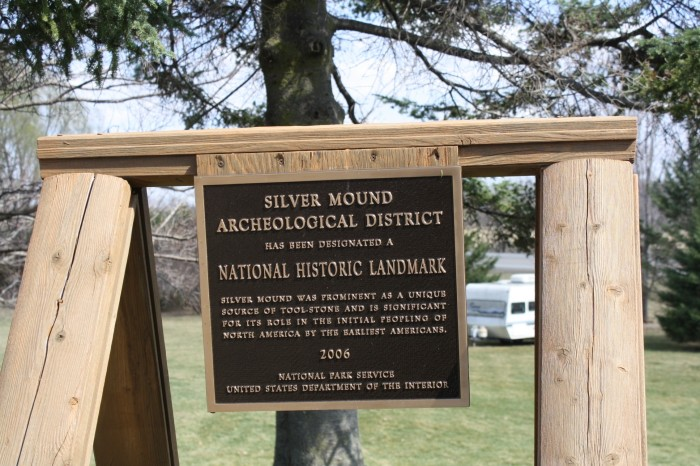 5. Silver Mound Archeological District
