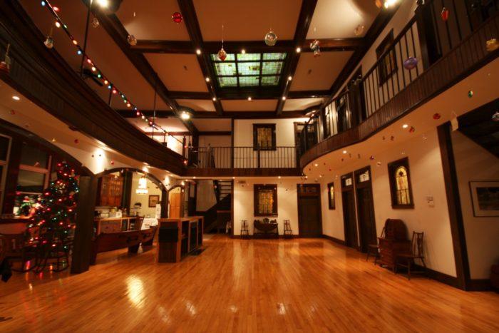 8. McGrady Inn