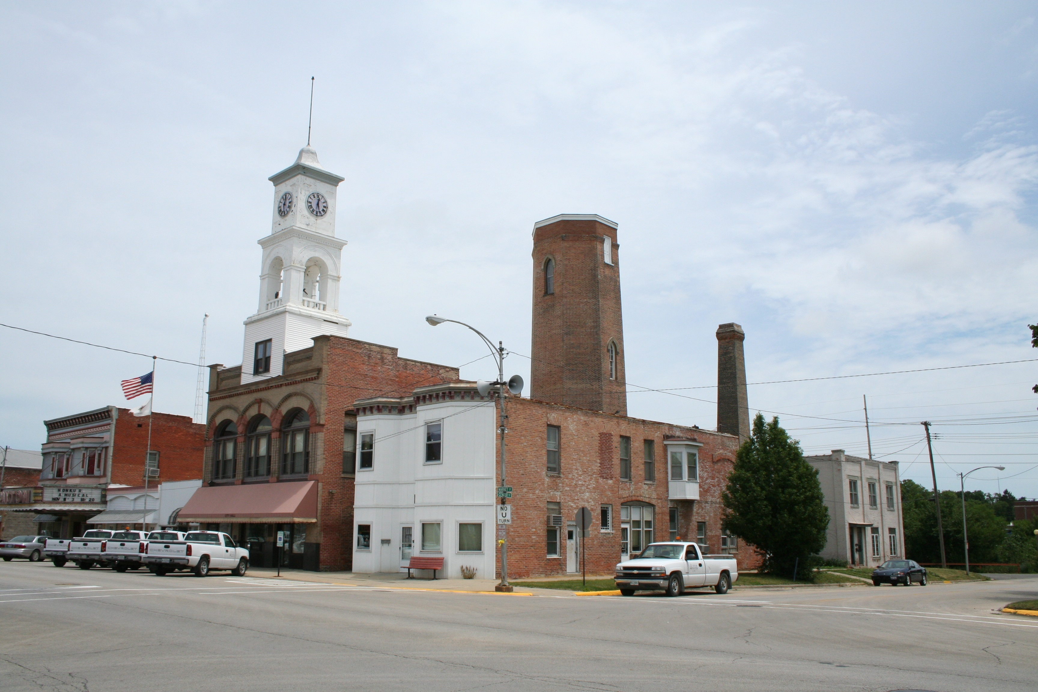 10 Of The Coolest Small Towns In Illinois