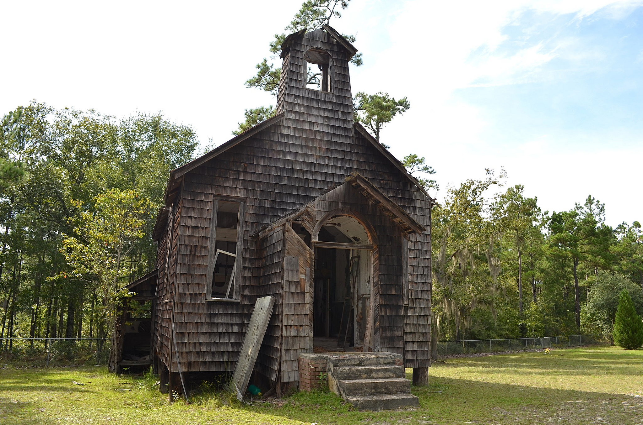 17 Beautiful Abandoned Places In South Carolina