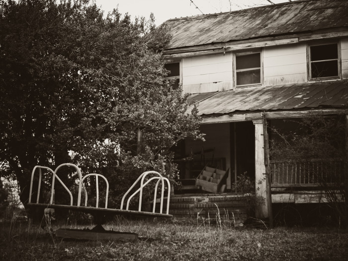 """9. An abandoned house looks like a """"picker's"""" dream. But it's still private property."""